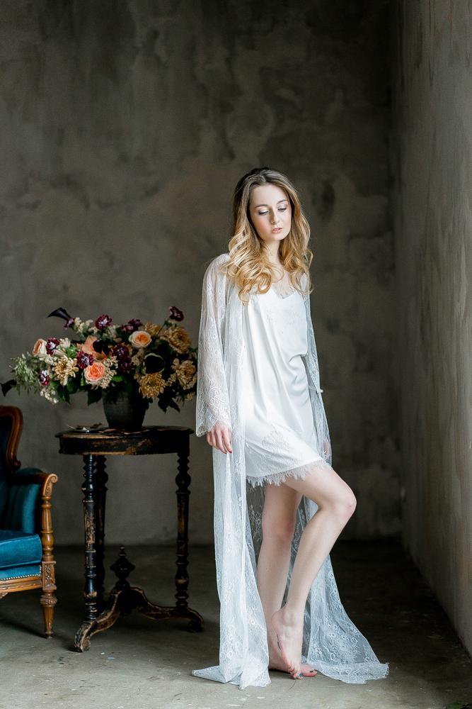 Будуарное платье кружевное